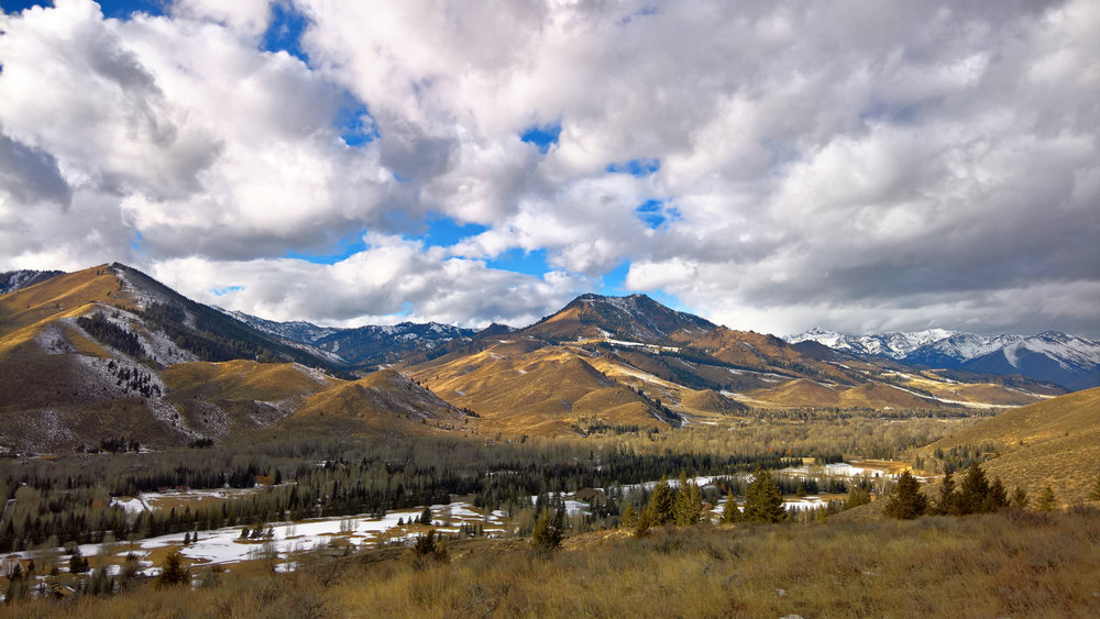 The Easiest Hiking Trail in Sun Valley, Idaho | OMventure.com