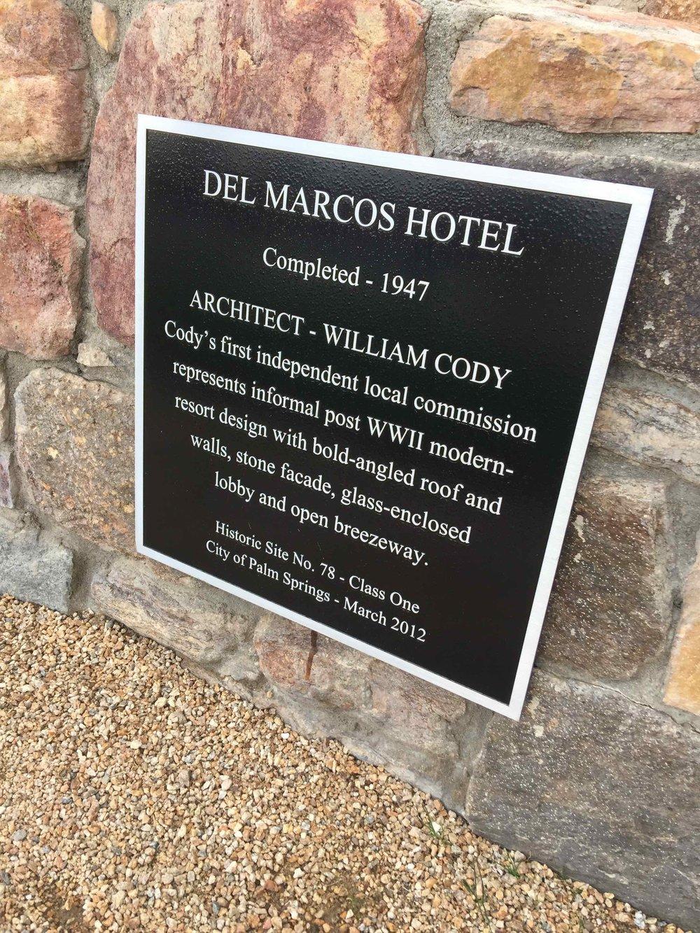 Del Marcos Hotel - historic site plaque