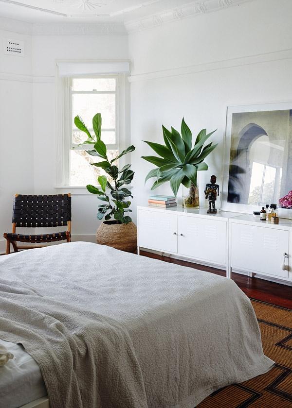 Ikea ps cabinet bedroom.jpg