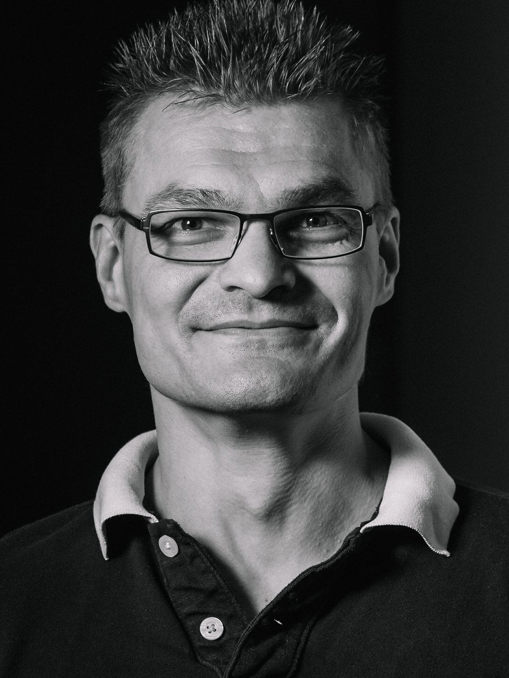 Klaus Melakari Founder/Tech. Development director. 20 years experience in R&D, system design and technology. Head of Computational Vision Systems at Microsoft Mobile. Distinguished architect at Nokia. M.Sc, Electrical and Electronics Engineering.