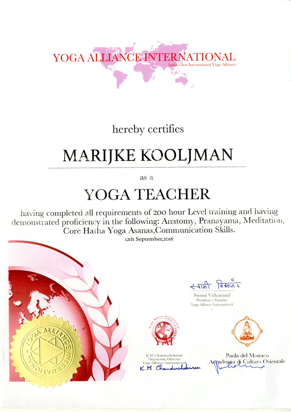 Diploma Yoga Alliance International (fai click per vedere l'immagine completa)