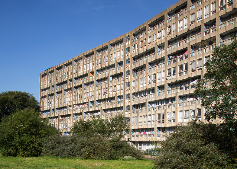 Robin Hood Gardens. Courtesy of Dezeen