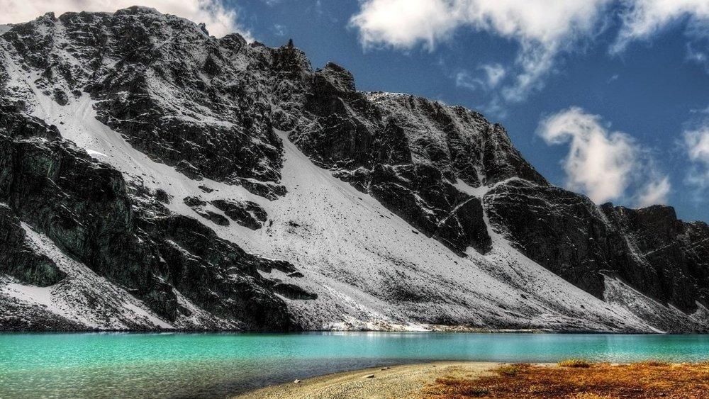1 lake_beach_mountain_turn_blue_water_48108_1920x1080.jpg