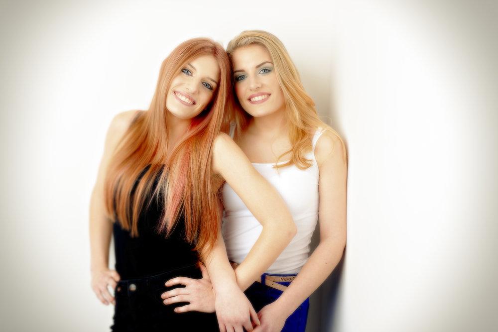 Imogen & Megan DSC_8556.jpg