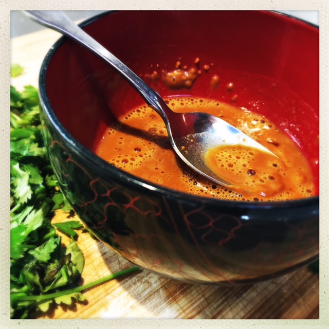 This peanut sauce only has 60 calories for THE ENTIRE BATCH!!!!
