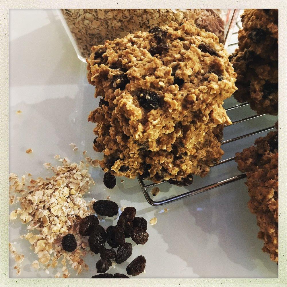 chewy oatmeal cookies 8.jpg