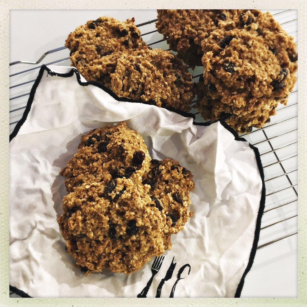 chewy oatmeal cookies 6.jpg