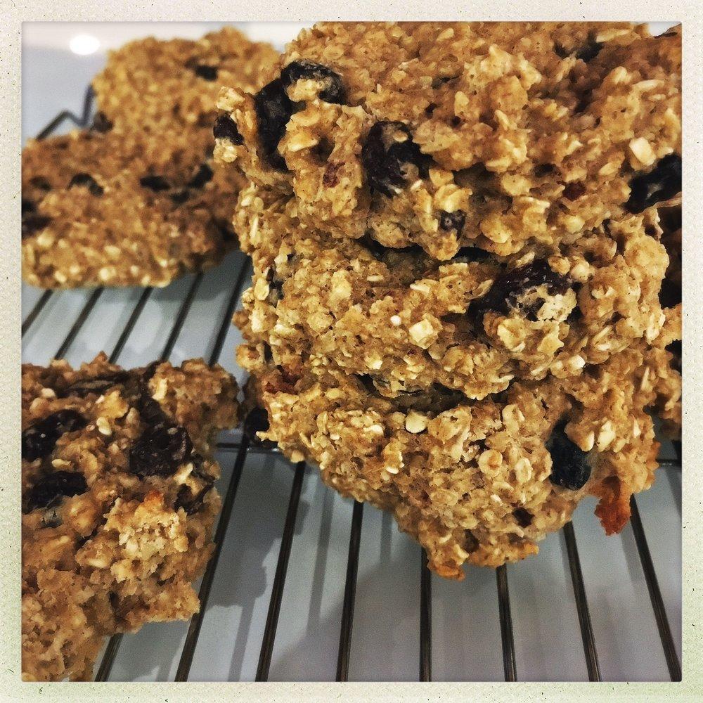 chewy oatmeal cookies 3.jpg