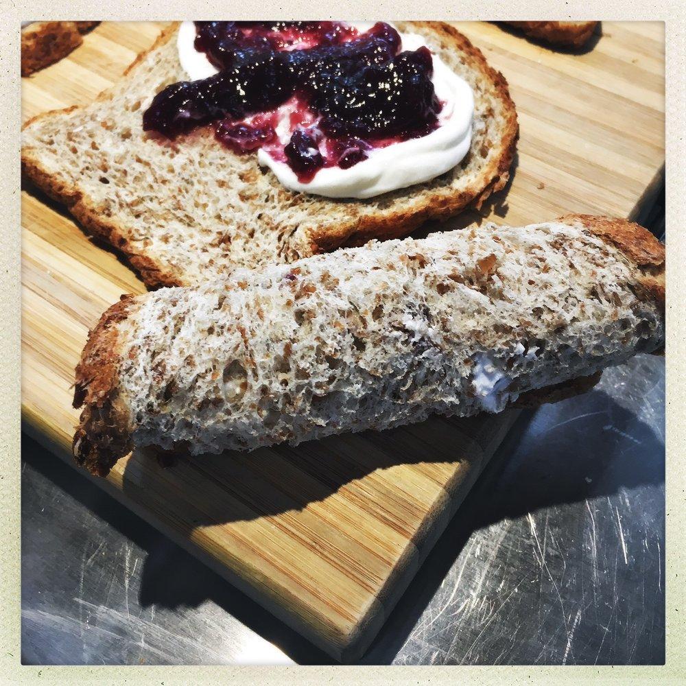 roll bread.jpg