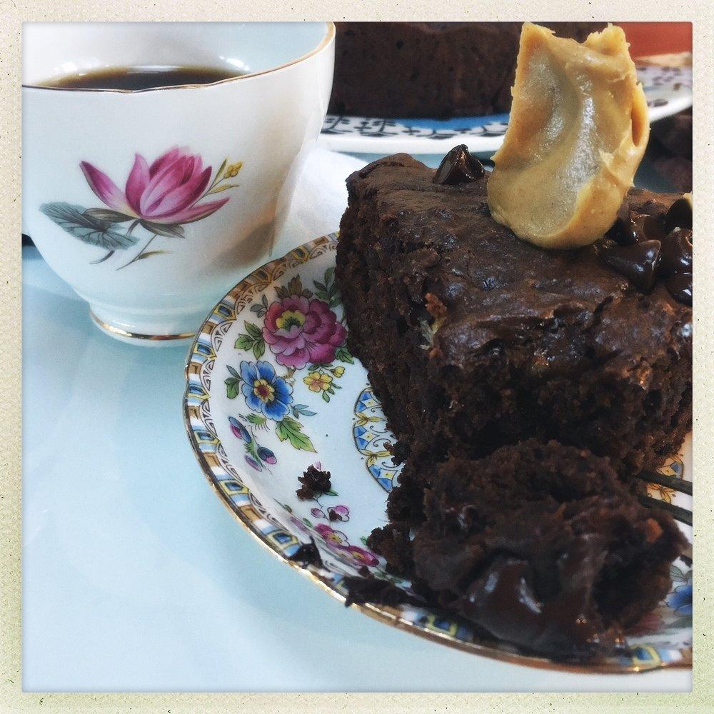 chocolate peanut butter banana cake  13.jpg