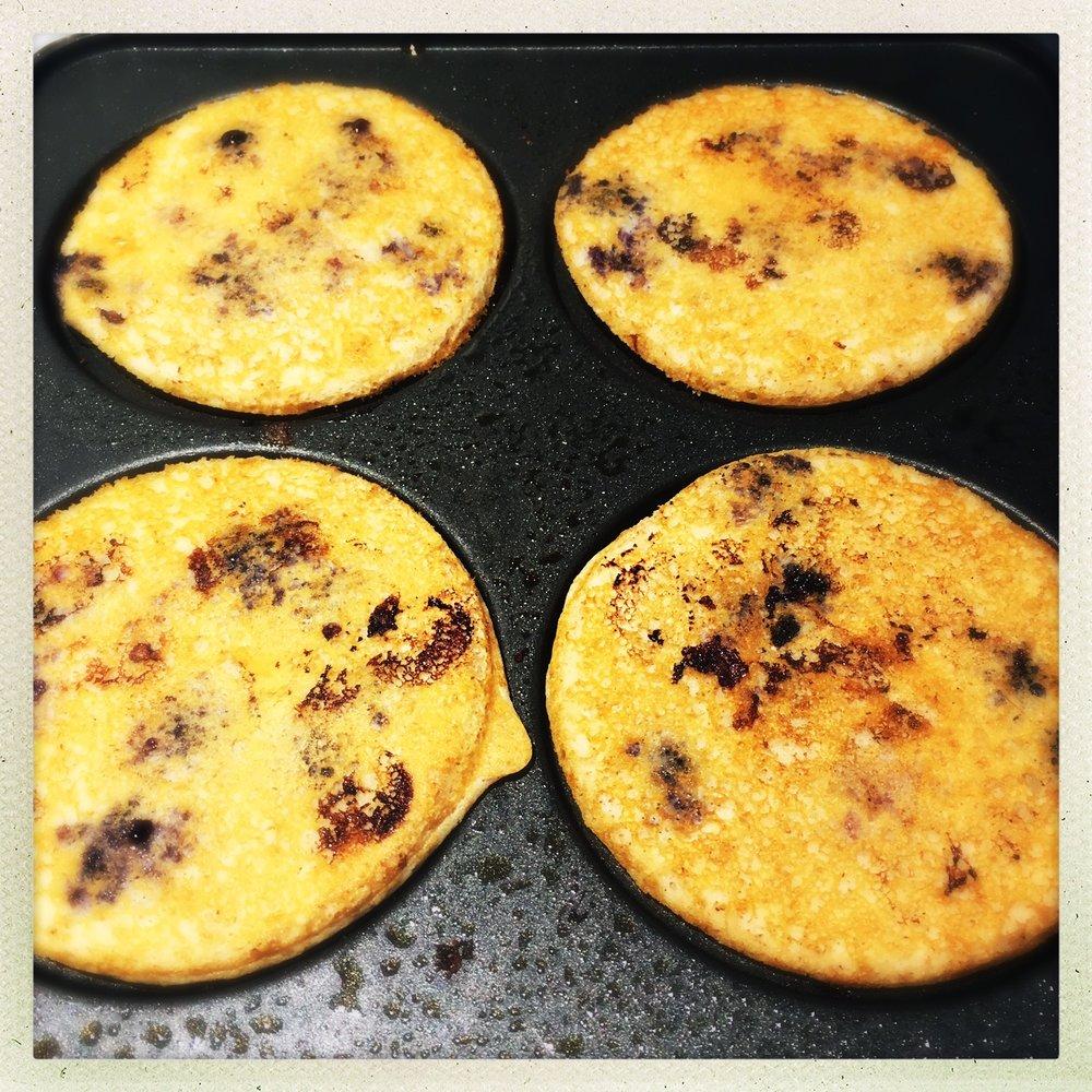 flip pancakes.jpg