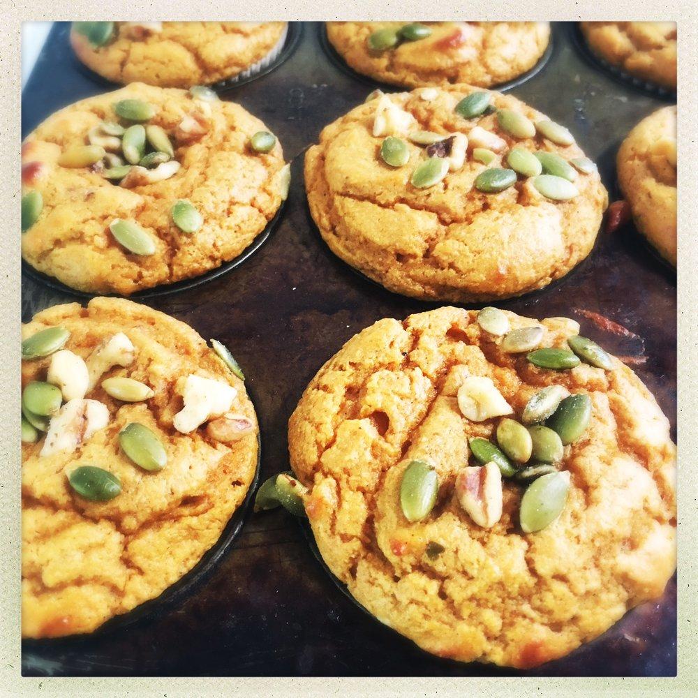 pumpkin protein muffins3.jpg