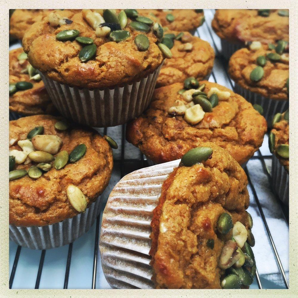 pumpkin protein muffins6.jpg