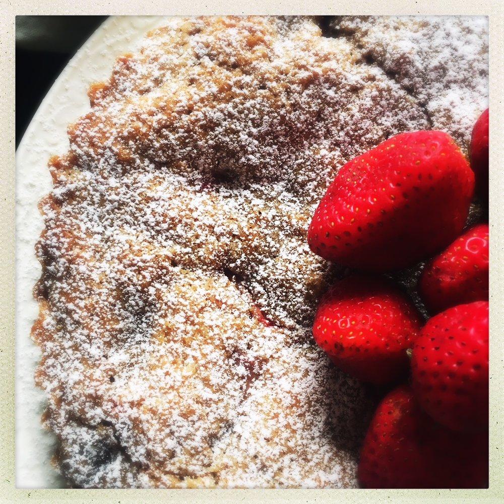 strawberry butter cake  7.jpg