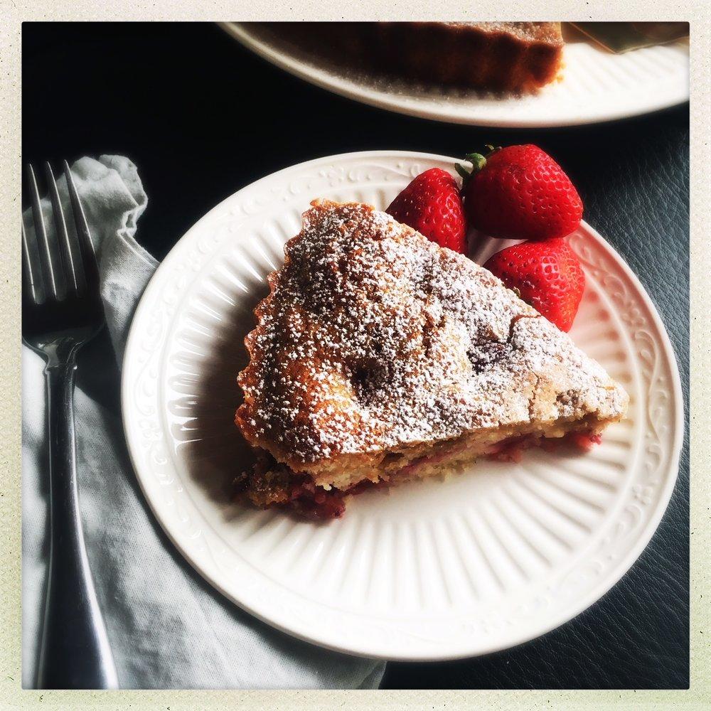 strawberry butter cake  9.jpg