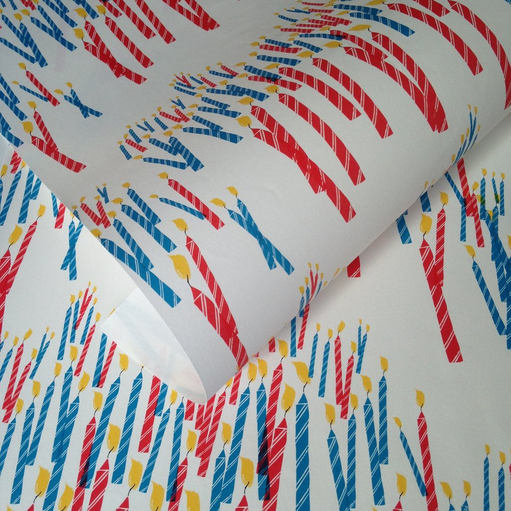 Birthday wrapping paper, candles: WP_NWC_01