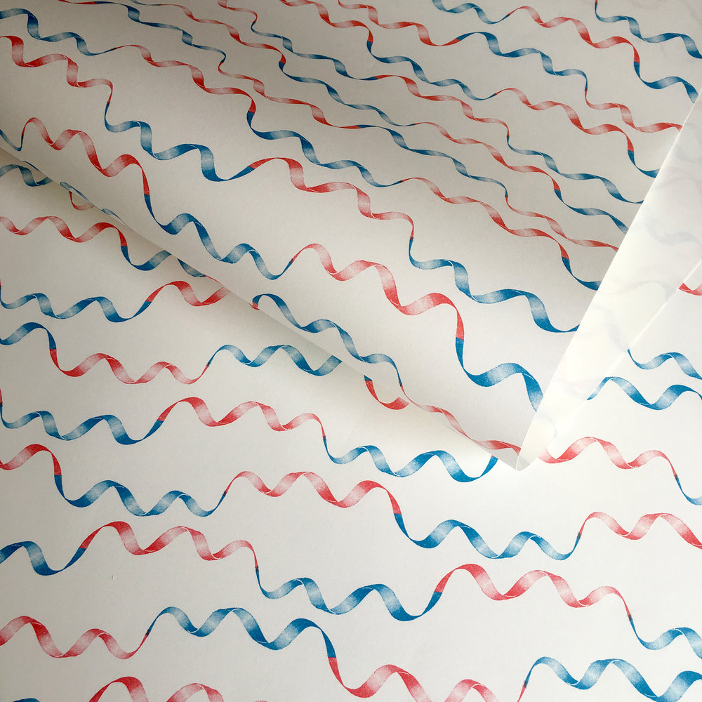 Wrapping paper, retro ribbon red/blue: WP_RR_01