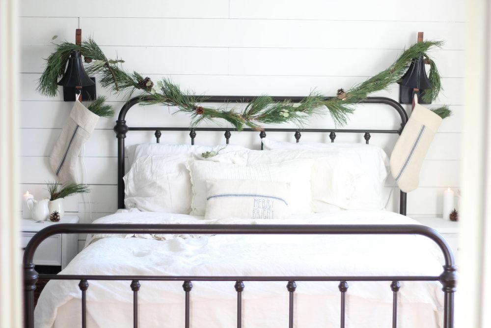 target iron bed3.jpg