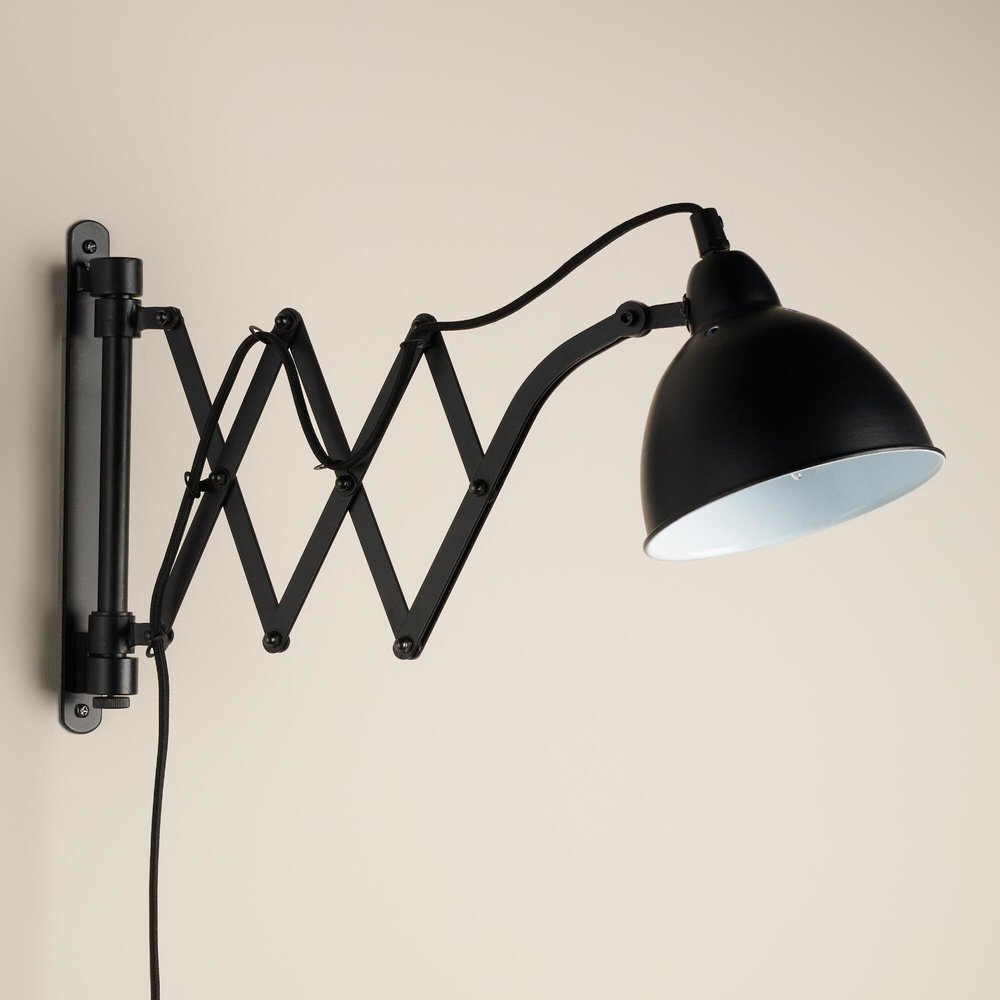 Accordion wall sconce
