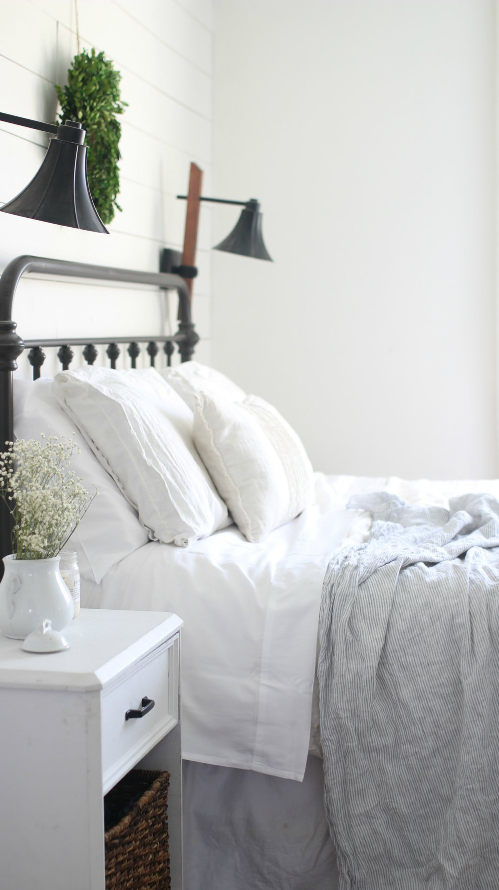 Organic white cotton sheets from Jefferson Lane
