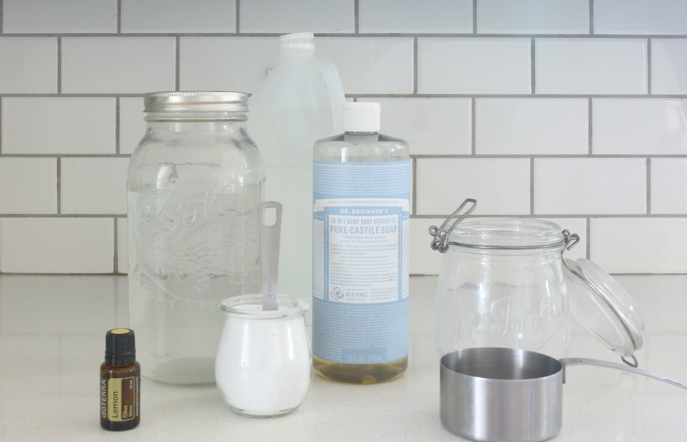 homemade-bathroom-cleaner