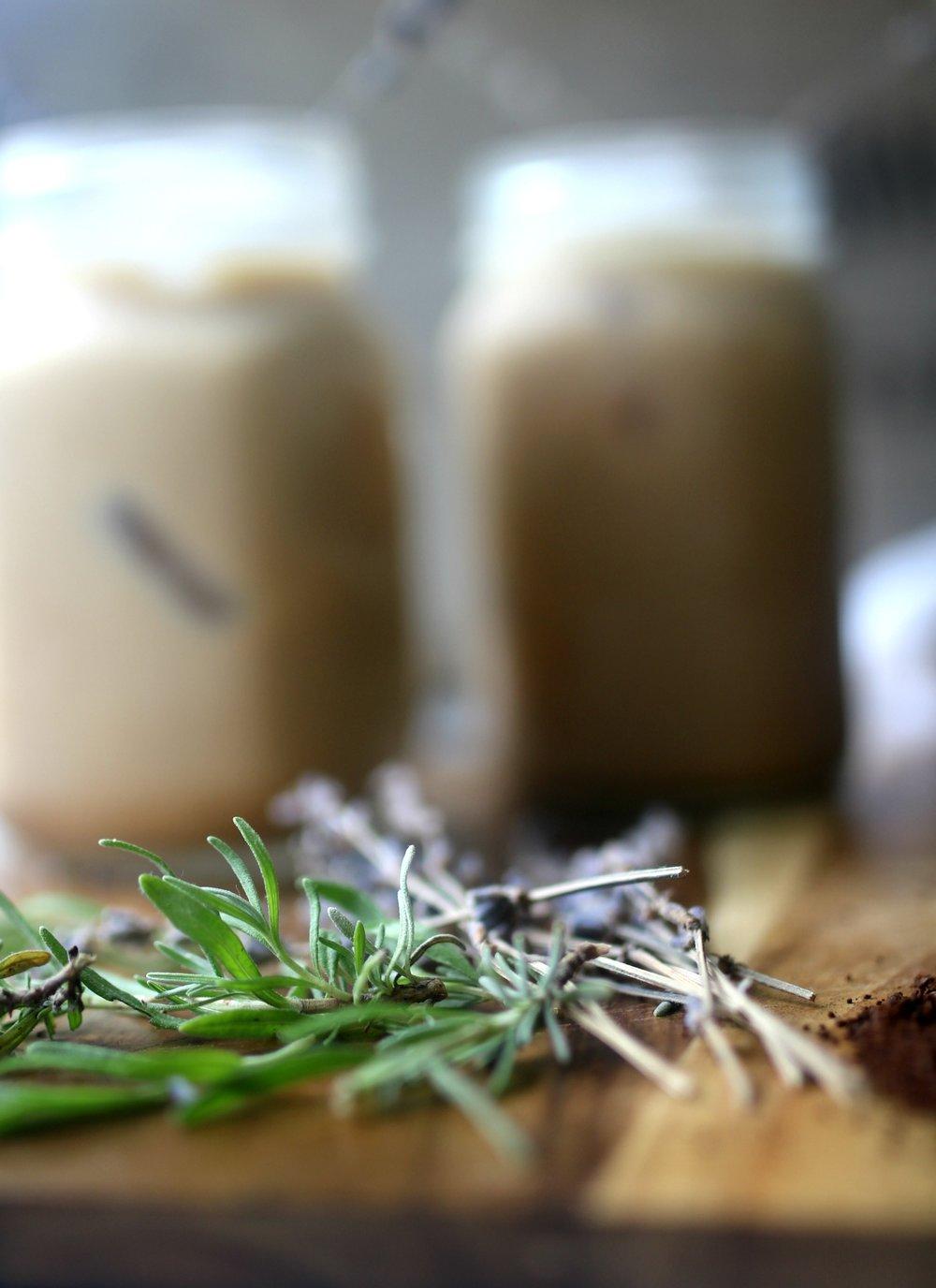 lavender latte iced coffee drink