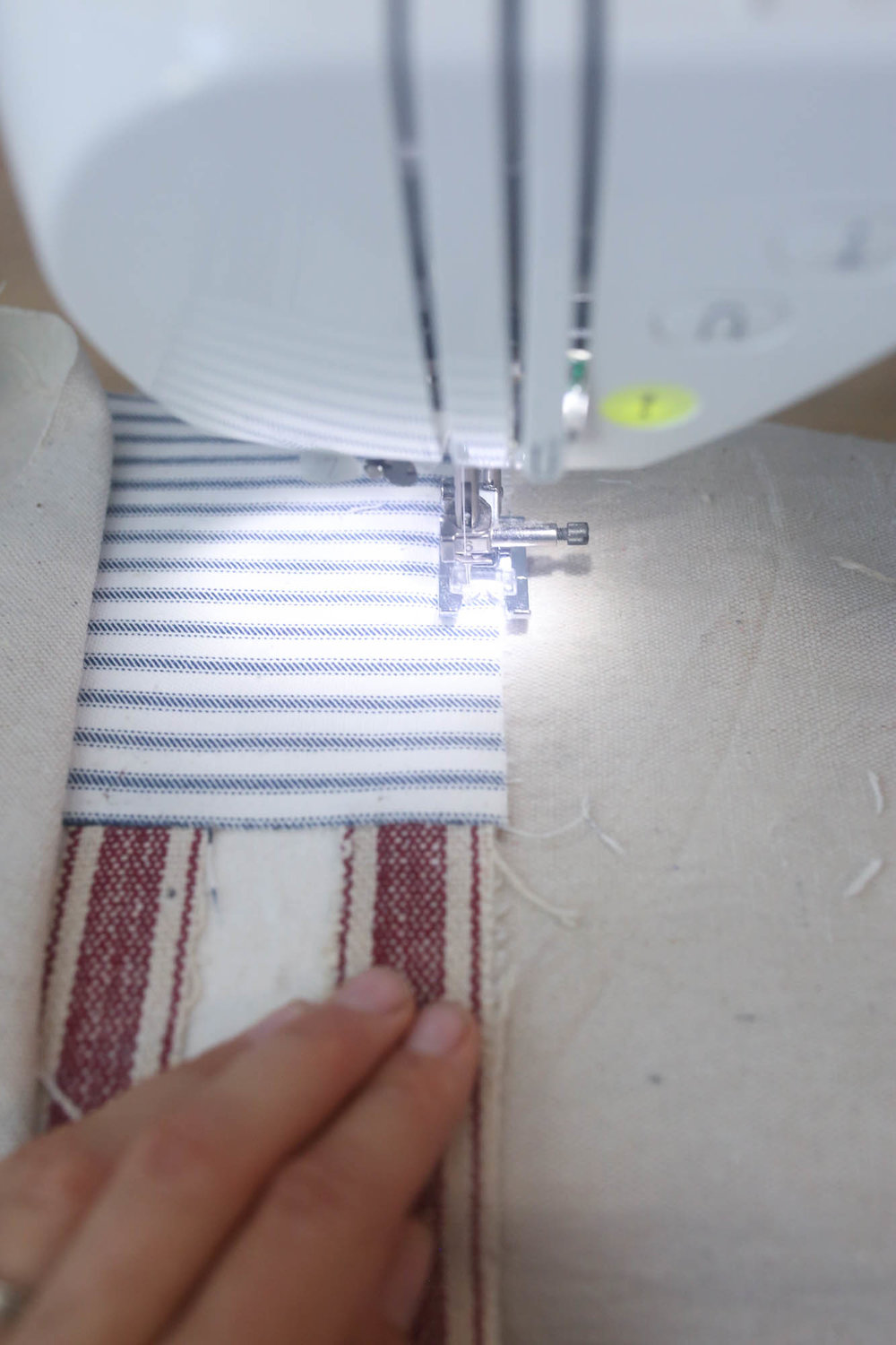 how to sew on an appliqué with heat n bond lite