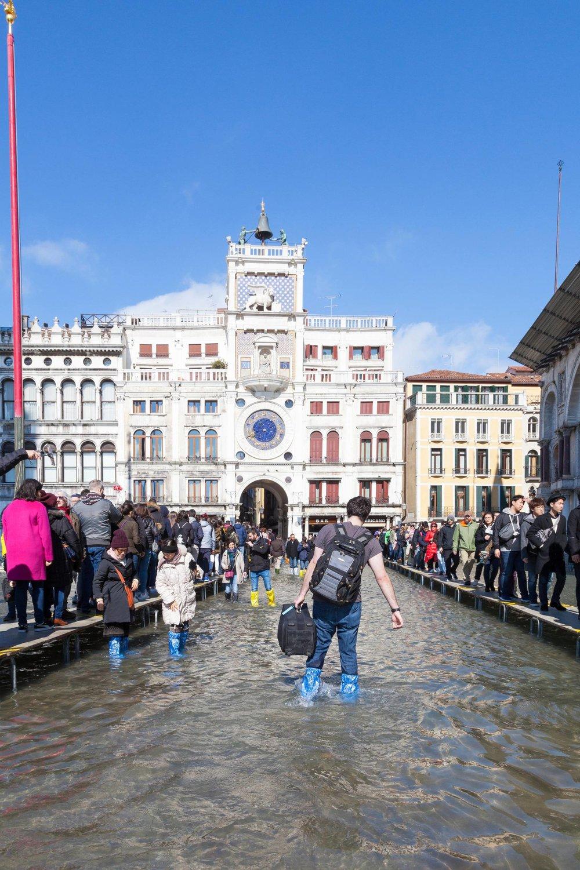 Venecia acumula año tras año torrenciales lluvias que ponen en peligro la desaparición definitiva de la ciudad