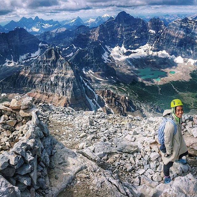 A great perk about being a Calgary Shaper is that we're so close to the mountains! It makes celebrating #internationalmountainsday so much easier. @chelseaayb is pictured here, showing her love for the Rockies.  #yyc #mountainlove #rockies #alberta #shapers #globalshapers