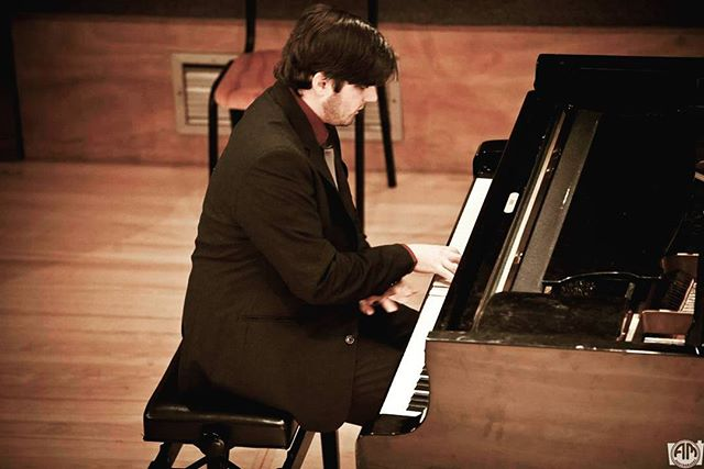 Performing the Liszt Sonata at the South African College of Music, UCT #piano #concert #liszt