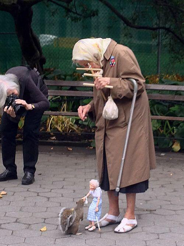 haus-of-ill-repute :     Squirrel being fed by a marionette of an old lady being controlled by an old lady. My life is complete