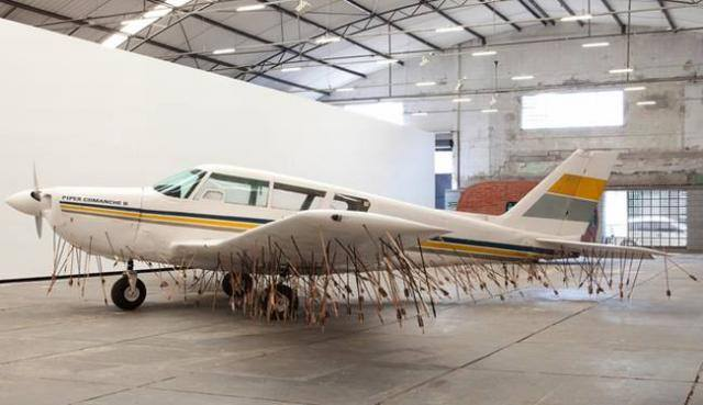 """comeupkid415 :      lolfactory :      The anthropologists decided that this tribe was to remain """"uncontacted"""".      This is one of the best things iv seen today"""