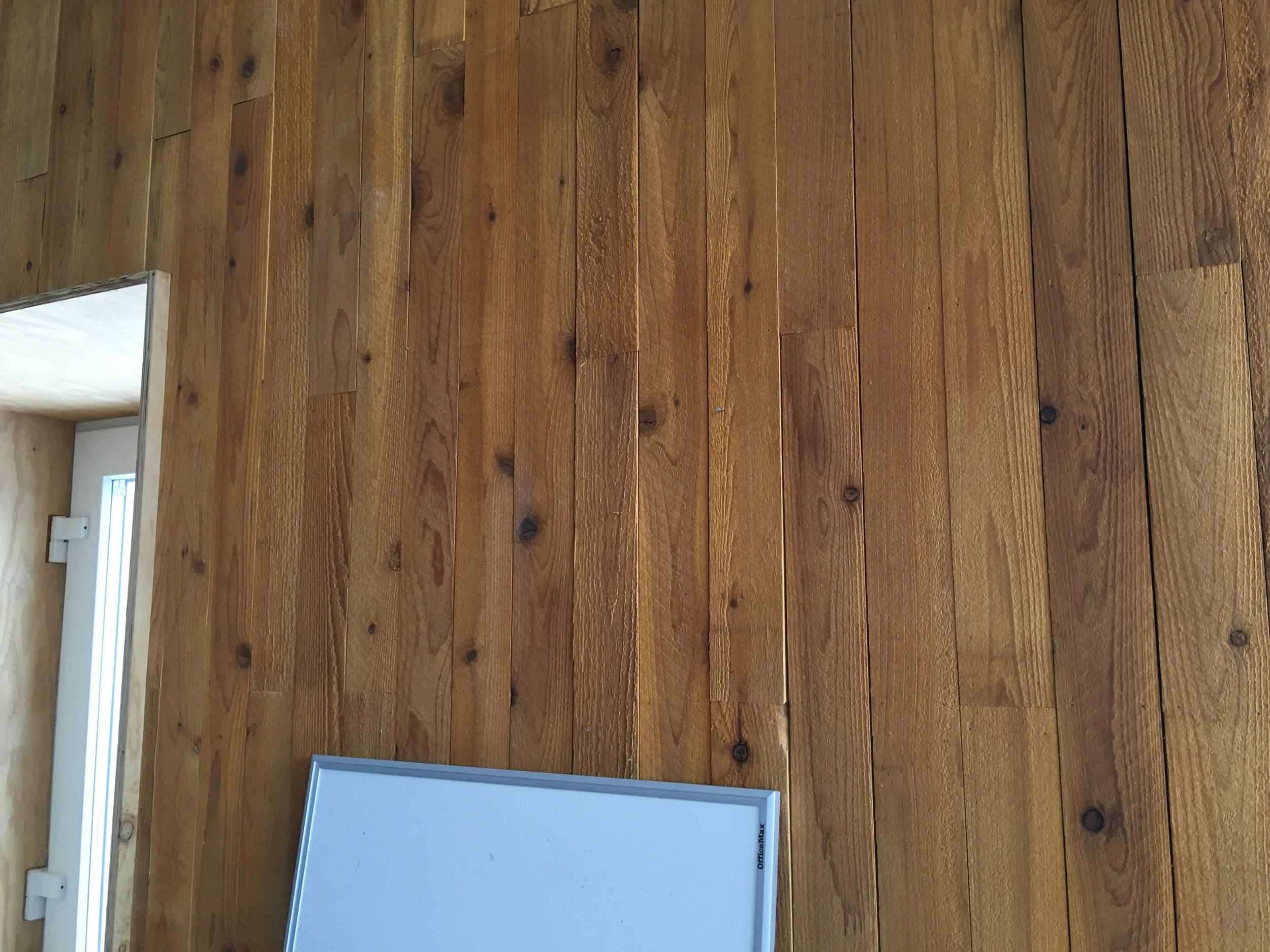 04 wood finish