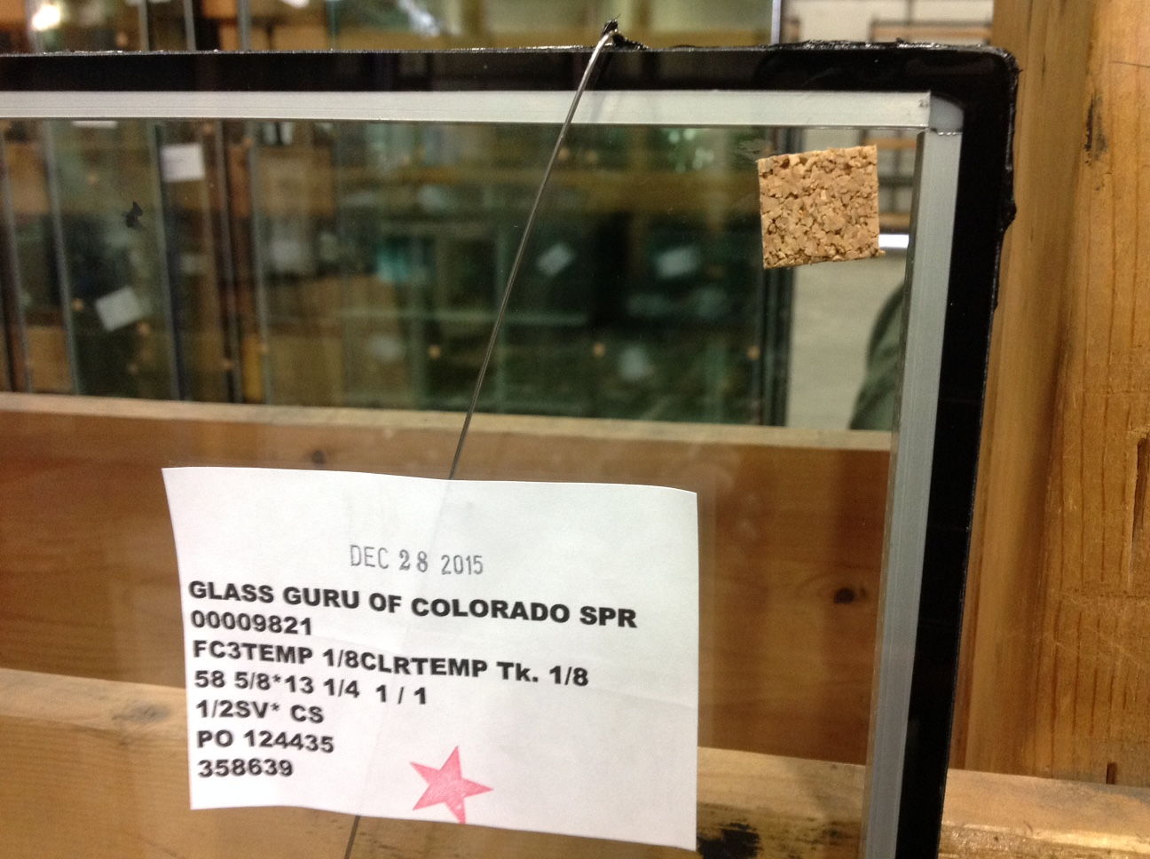Single seal glass