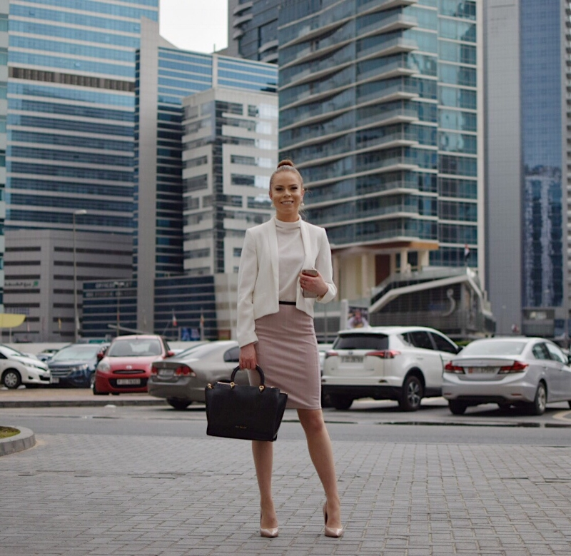 Photos taken in Dubai Internet City. I'm wearing a Zara skirt, polo by Atmosphere, blazer by Mango, Aldo heels, Ted Baker handbag and The SW Collection earrings (all linked below).