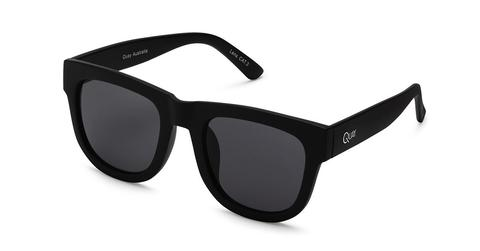 quay sunglasses - midnight runner - black sunglasses