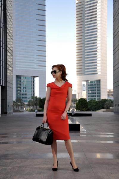 Briar Prestidge - corporate lifestyle and office fashion