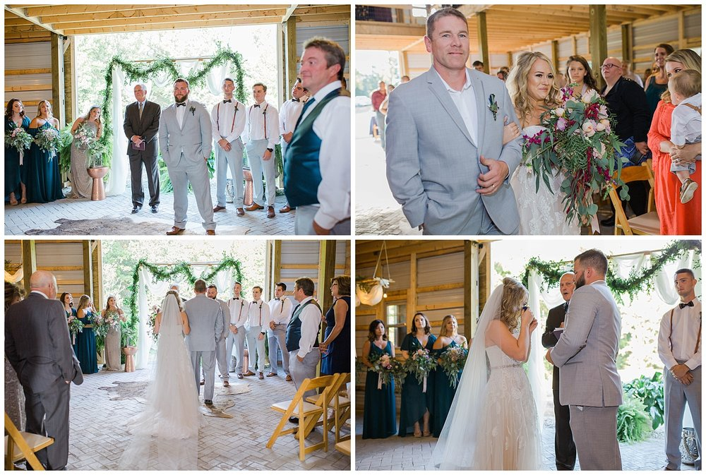 KaraBlakemanPhotography_WV_Weddings_Barn__Beauty_Blogger_18
