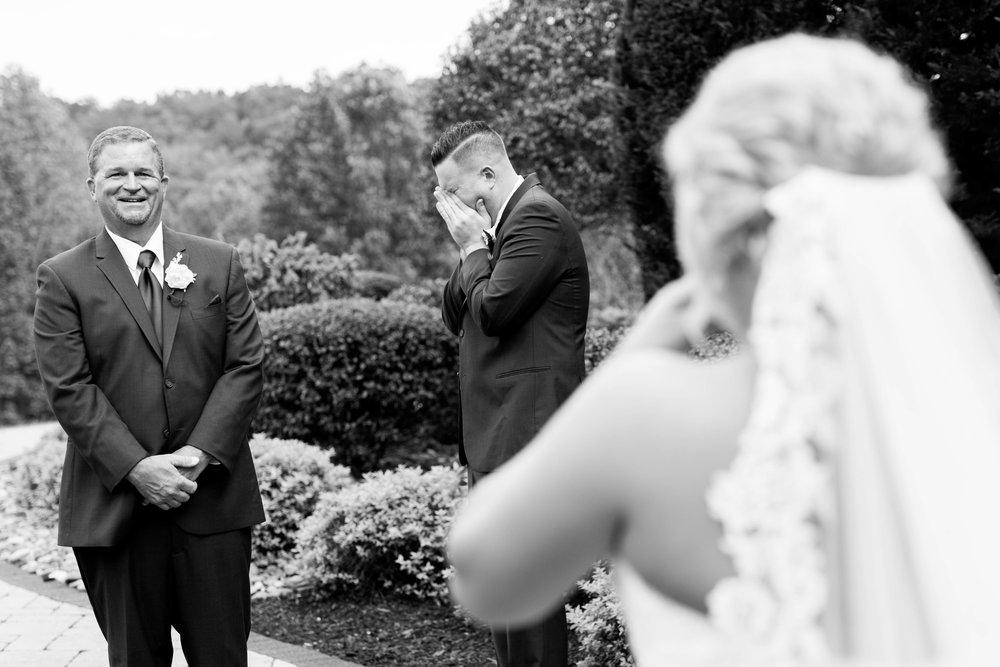 Sarah_Connor_Kara_Blakeman_Photography_2018_wv_barn_wedding-1176.jpg