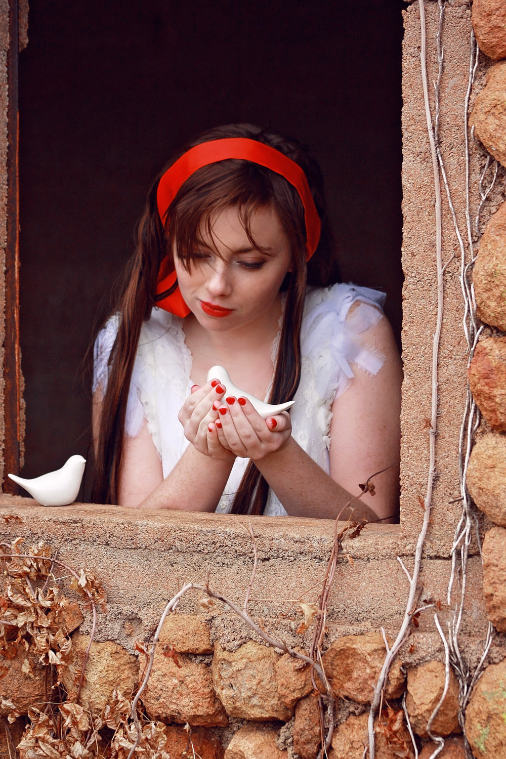 snow white themed shoot, talking to the birds.jpg