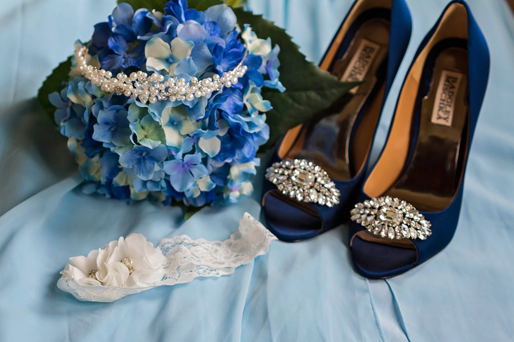 JSP Mountain Lodge Bridal Bouquet, shoes, headpiece and garter.jpg
