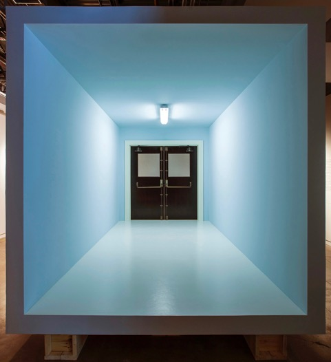 Robert Therrien, No title (room, panic doors), 2013-14 Wood, brass, fluorescent light fixture and mixed media 121 × 107 1/4 × 204 inches ©  Robert Therrien. Photo Brian Fitzsimmons. Courtesy Gagosian