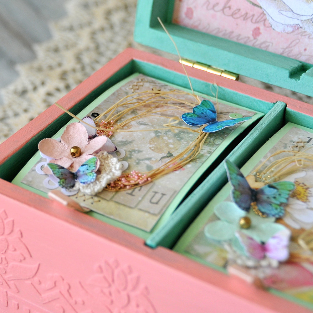 decoupage-scrapbooking-baby-girl-keepsake-box-butterflies-fairytale