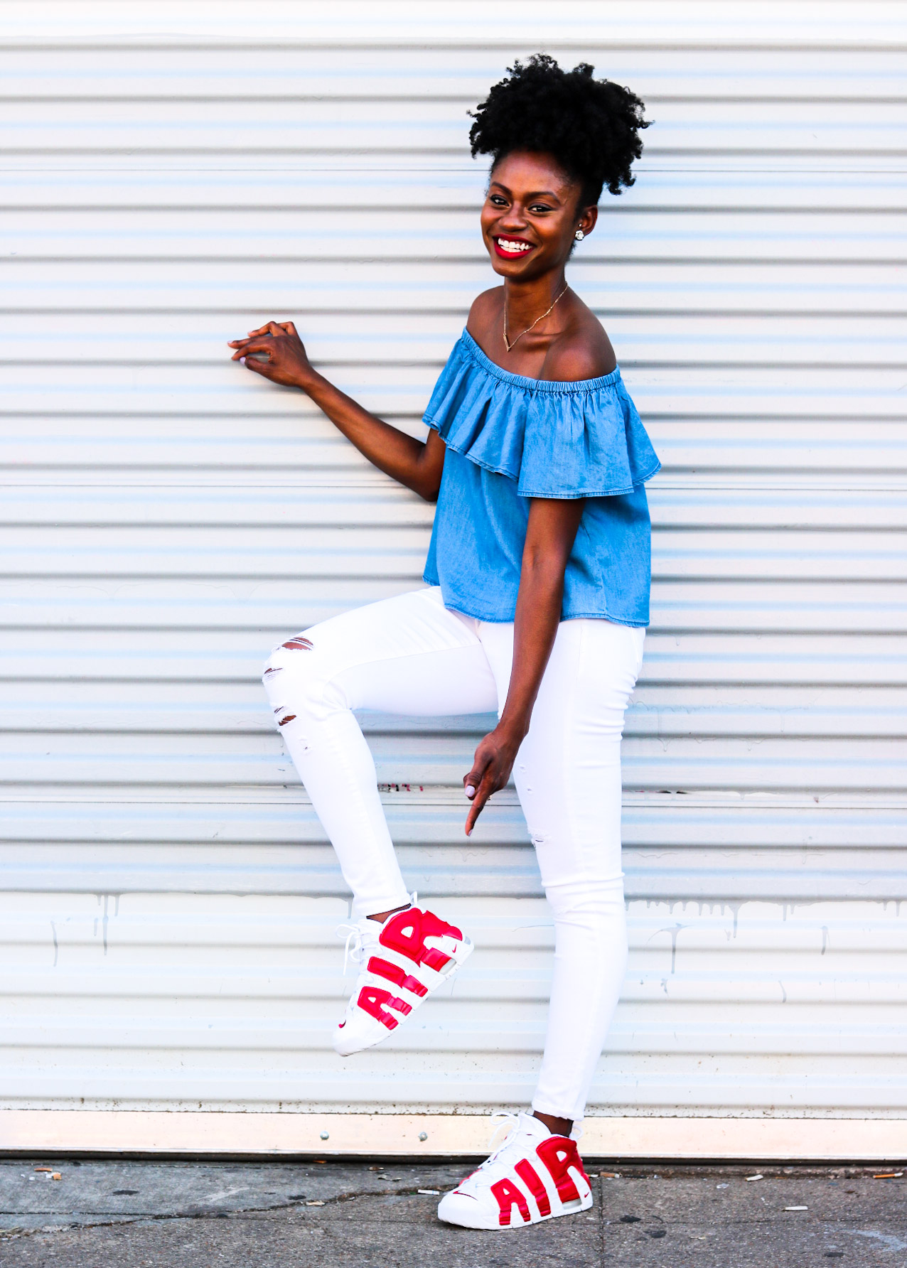 75659b2cecd2a How To Wear An Off The Shoulder Top With Sneakers
