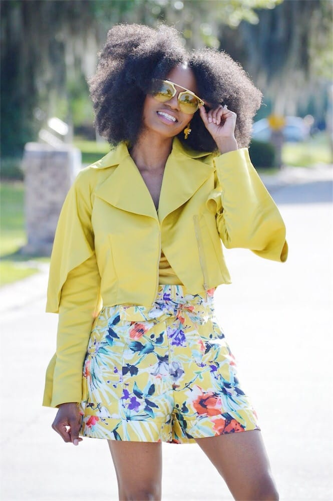 yellow colored sunglasses current fashion faves