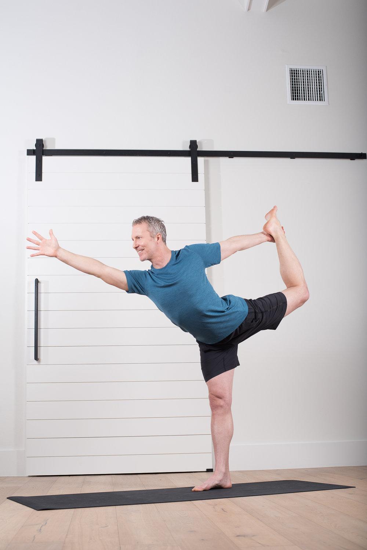 Power-Yoga-Book-byWestonCarls-213.jpg