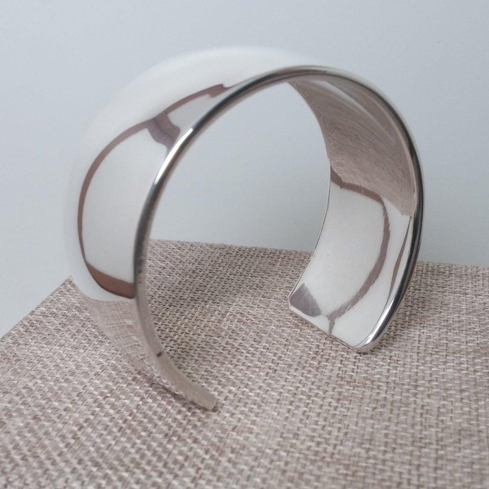 Classic Cuff - Convex Bend