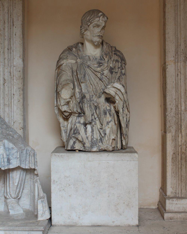 Aure at Palazzo dei Conservatorie 4.JPG