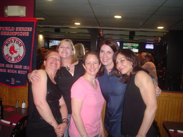 The Ladies of Roadhouse @ Victory Lane.JPG