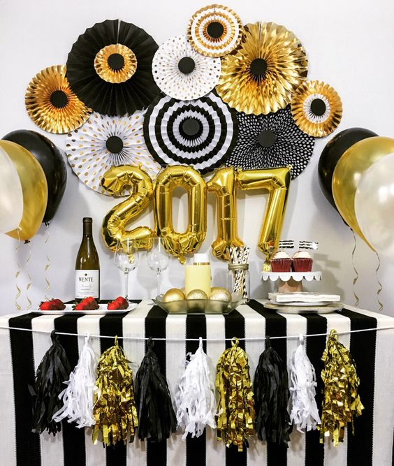 Decorating Ideas For Your New Years Eve Party Design Manage